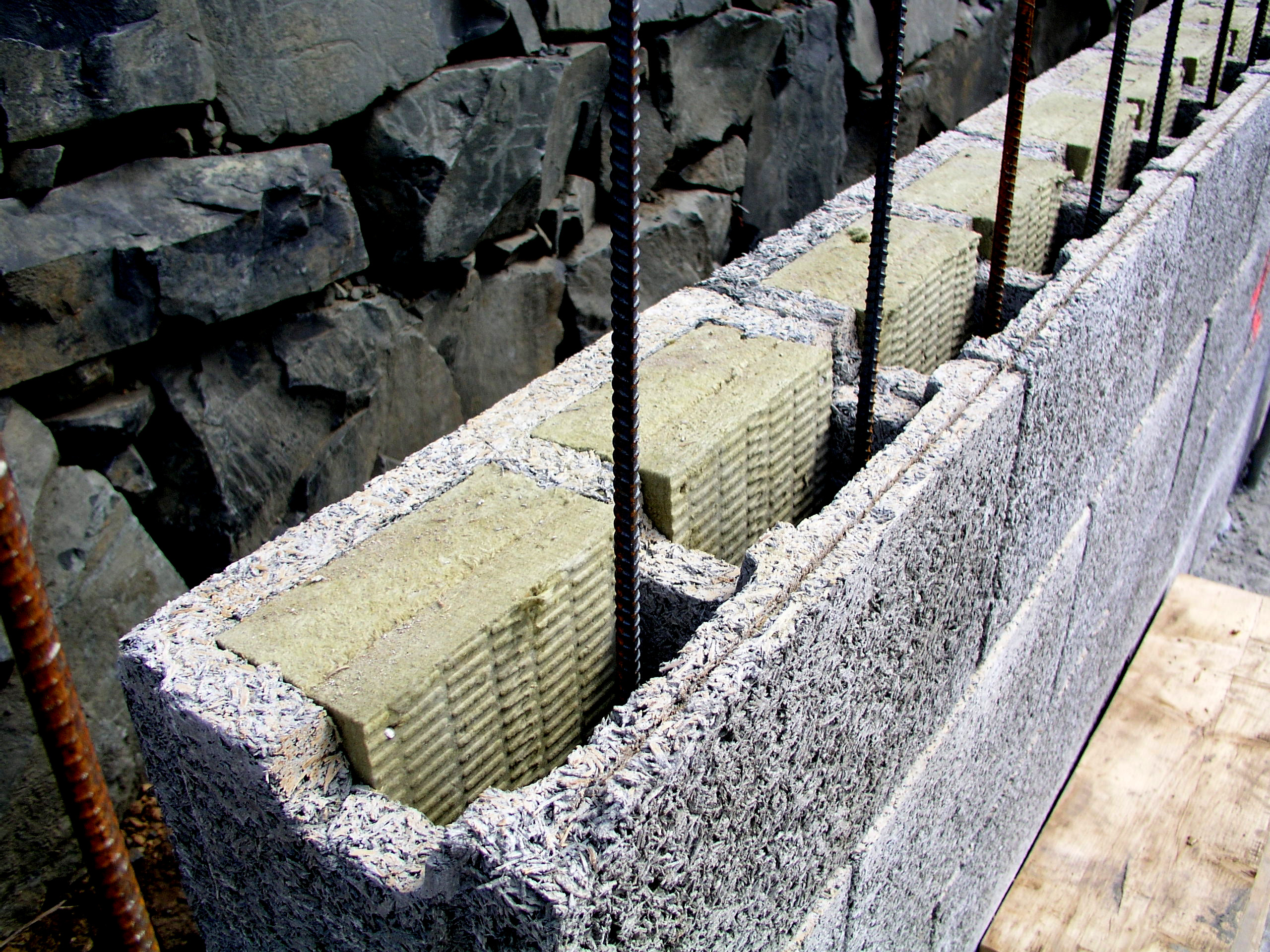 Comparing insulated structural systems for Insulated concrete masonry units